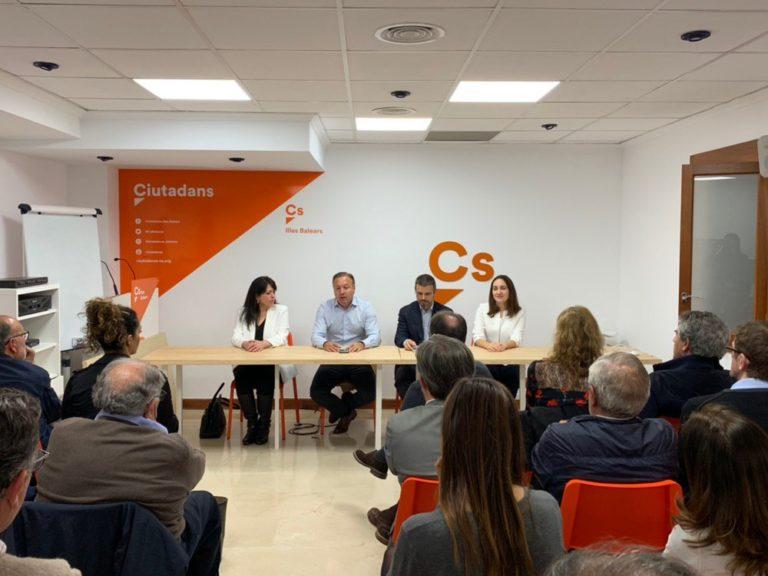 http://baleares.ciudadanos-cs.org/wp-content/uploads/sites/27/2019/04/Encuentro-Ciudadano-Palma-768x576.jpg