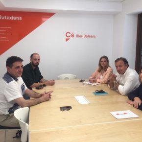 Cs muestra su apoyo a las familias mallorquinas afectadas por el bloqueo del Gobierno a la gestación subrogada