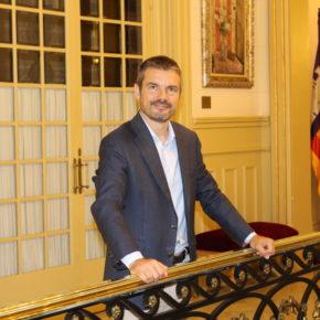"""Pérez-Ribas: """"El ministro Ábalos parece no conocer la realidad que conlleva la insularidad"""""""