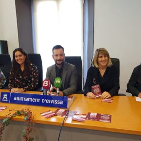 Irene Torres, directora insular de Comercio y Artesanía de Ibiza de Cs, pone en valor el comercio local en la campaña 'Eivissa és una joia!'