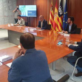 El Consell presenta un plan consensuado con medidas para la reactivación de Ibiza